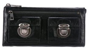 Marc Jacobs Leather Zip Wallet - BLACK - STYLE
