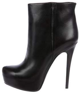 Ballin Classic Leather Round-Toe Ankle Boots
