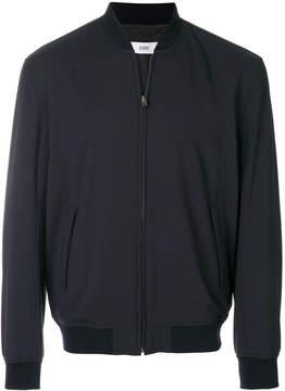 Closed bomber jacket