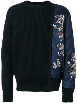 No.21 asymmetric floral sleeve sweater