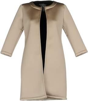Es'givien Overcoats