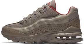 Nike 95 SE