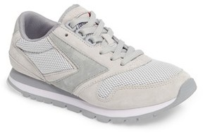 Brooks Women's 'Chariot' Sneaker