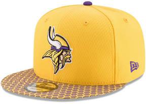New Era Boys' Minnesota Vikings 2017 Official Sideline 9FIFTY Snapback Cap