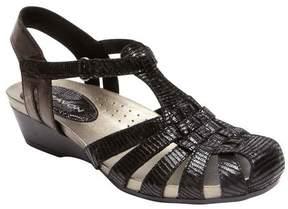 Aravon Women's Standon Fisherman Wedge Sandal