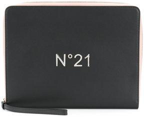 No21 logo plaque zipped clutch