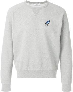 Closed shooting star patch sweatshirt