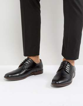 Call it SPRING Huttner Toe Cap Shoes In Black