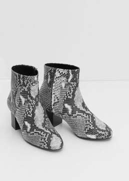 Mango Outlet Snake-effect ankle boots