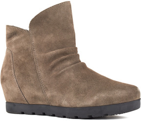 Cougar Women's Astro Suede Ankle Boot