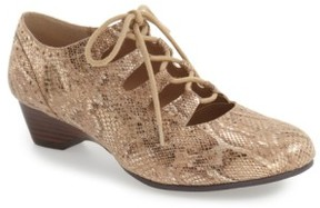 Bella Vita Women's Posie Ghillie Oxford