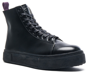 Eytys Kibo Leather Boots in Black.