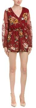Flying Tomato Lace-sleeve Romper.