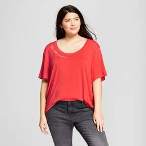 Fifth Sun Women's Plus Size Mas Siestas Por Favor Short Sleeve Embroidered Drapey Graphic T-Shirt Juniors') Coral
