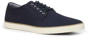 Izod Saxon Men's Oxford Sneakers