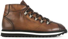 Doucal's trekking boots