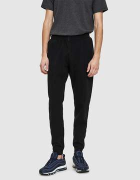 Reigning Champ Slim Bonded Sweatpant in Black