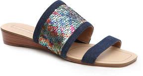 Tahari Women's Fern Wedge Sandal
