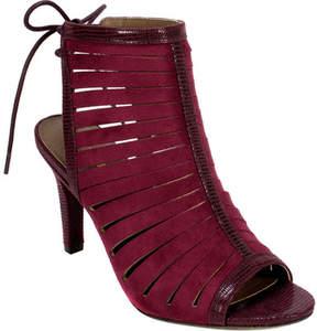 Rialto Rori Strappy Sandal (Women's)