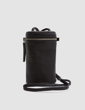 Lens Cross Body in Black