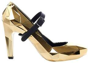 United Nude Women's Gold Synthetic Fibers Pumps.