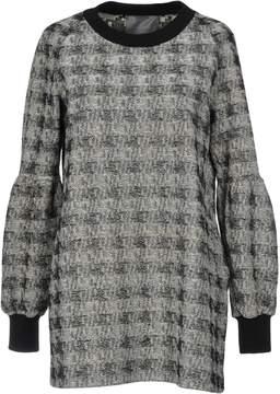 Es'givien Sweaters