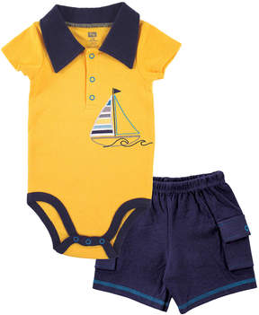 Hudson Baby Yellow & Navy Boat Bodysuit & Cargo Shorts - Newborn & Infant