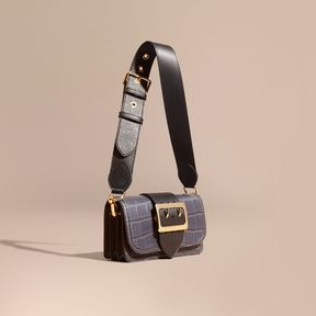 Burberry The Small Buckle Bag in Alligator and Leather - NAVY / BLACK - STYLE
