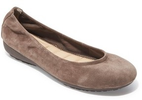 Me Too Women's Janell Sliver Wedge Flat
