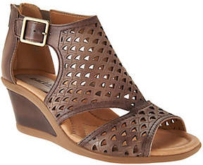 Earth Leather Cut-out Wedges - Danae