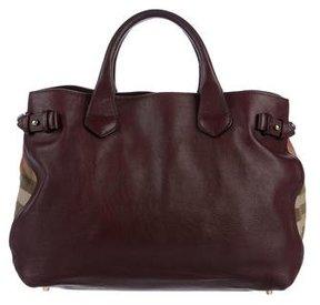 Burberry Medium Banner Bag - BURGUNDY - STYLE