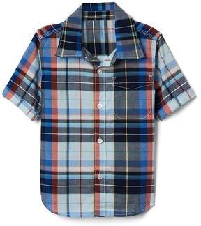 Gap Plaid short sleeve pocket shirt