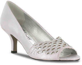 Easy Street Shoes Women's Royal Pump