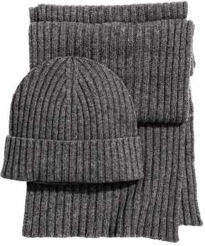 H&M Cashmere-blend Hat and Scarf