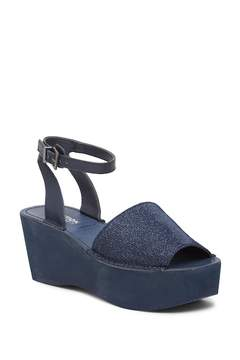 Kenneth Cole Reaction Dine with Me Platform Sandal