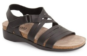 Munro American Women's 'Kaya' Strappy Sandal