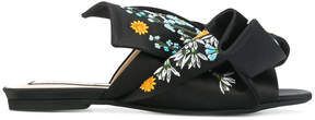 No.21 embroidered mules
