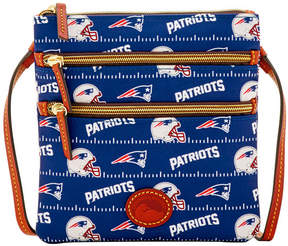 Dooney & Bourke New England Patriots Nylon Triple Zip Crossbody - NAVY - STYLE