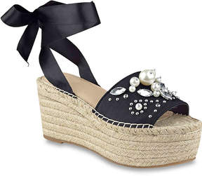 GUESS Women's Razzle Wedge Sandal
