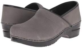 Sanita Professional Oil Women's Clog Shoes