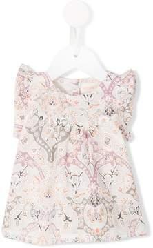 Simple Latvia blouse