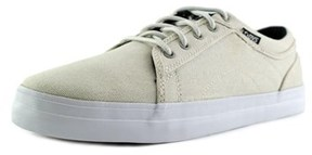 DVS Shoe Company Aversa Round Toe Leather Skate Shoe.