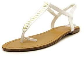 Material Girl Womens Salem Split Toe Casual T-strap Sandals.