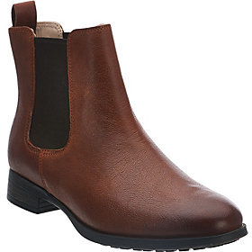 Clarks As Is Narrative Leather Chelsea Boots - Mariella Busby