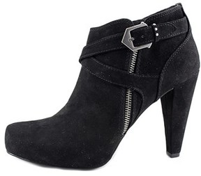 G by Guess Womens Taylin2 Closed Toe Ankle Fashion Boots.