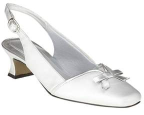 Easy Street Shoes Womens Incredible Closed Toe Slingback Classic Pumps.