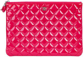 One Kings Lane Vintage Chanel Hot Pink Patent Leather Clutch - Vintage Lux