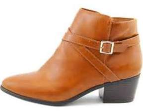 Karen Scott Womens Flynne Closed Toe Ankle Fashion Boots.