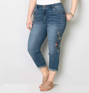 Avenue Side Floral Embroidered Crop Jean 28-32