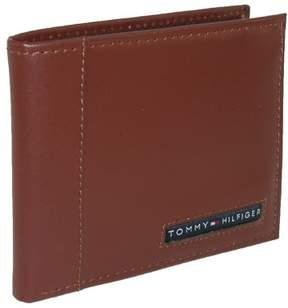 Tommy Hilfiger Men's Leather Cambridge Billfold Passcase Wallet, Tan